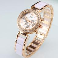 http://www.ericdress.com/product/Vogue-Zircon-Studded-Female-Alloy-Watch-11440066.html