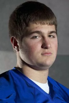 Consensus first team all-state lineman Lee Carhart headed to University of Norhtern Iowa.