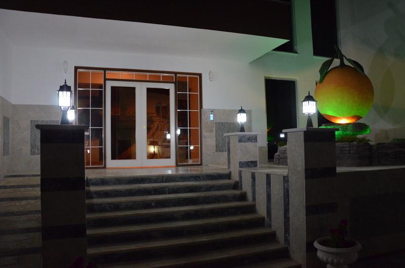 Ночная жизнь в Orange 2 (Махмутлар, Аланья)