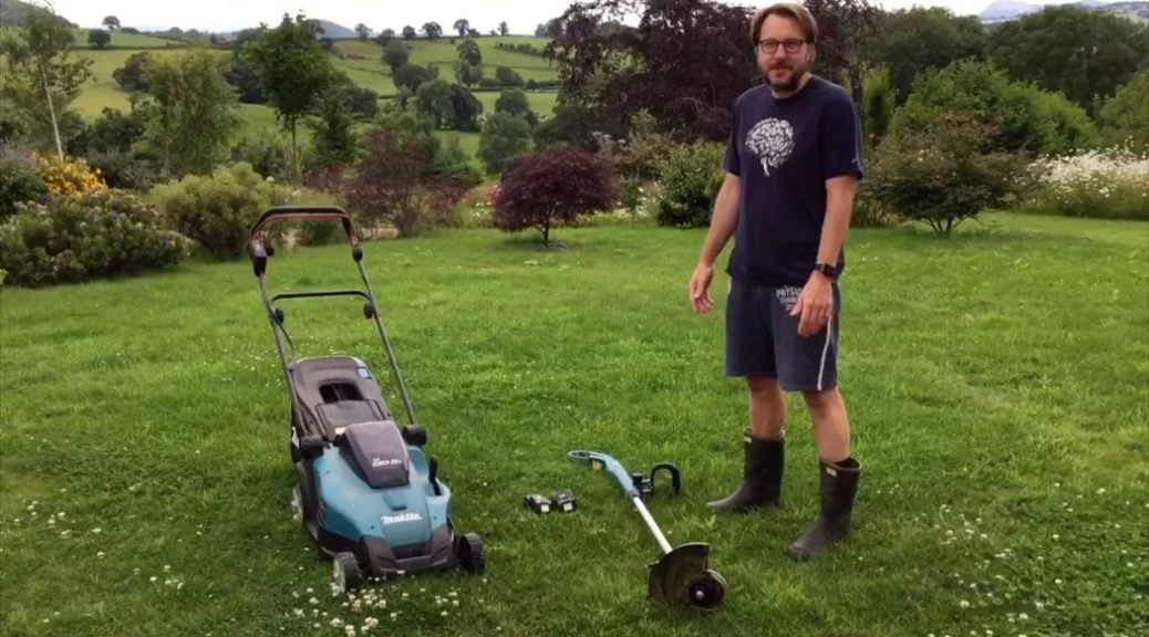 Makita cordless battery strimmer and mower review