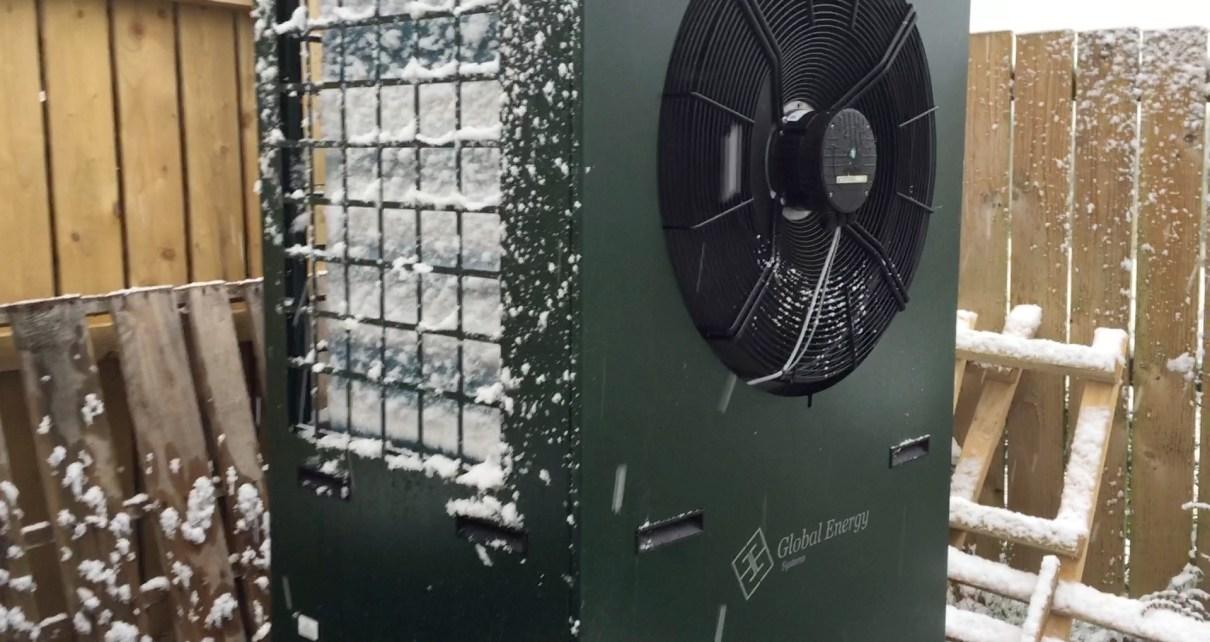 air source heat pump in snow