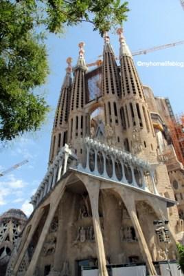 Different building styles - Sagrada Familia