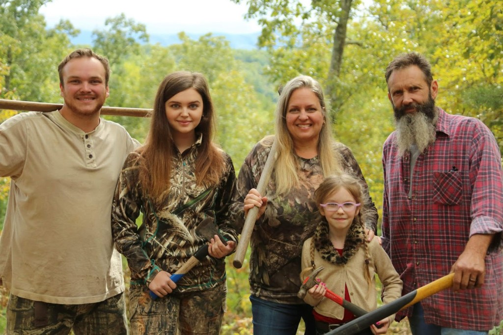 the-Bradshaw-family-building-off-the-grid