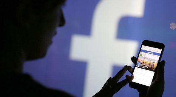 Argumentative Essay about Facebook- Homework Assist Sample