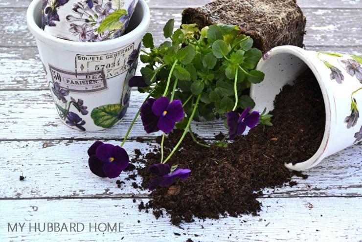 How To Create DIY Decoupage Spring