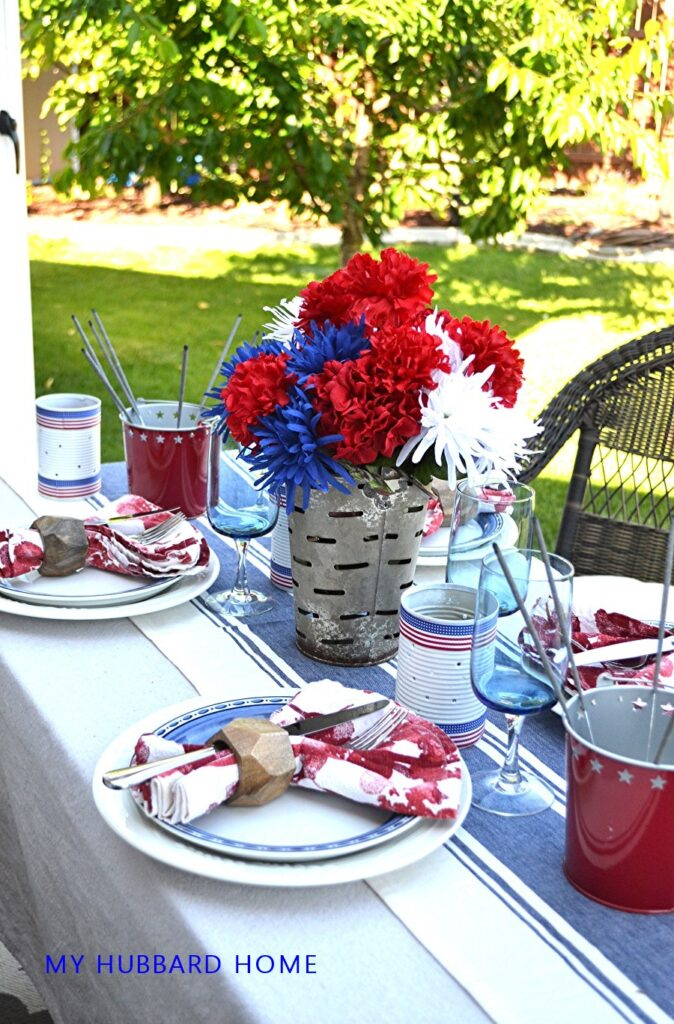 4th Of July Patio Tablescape