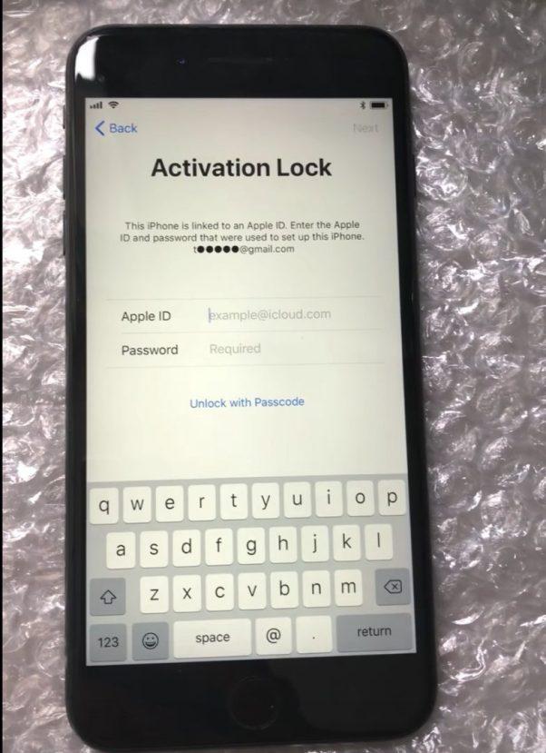 Activation Lock Passcode option iOS11 Bug