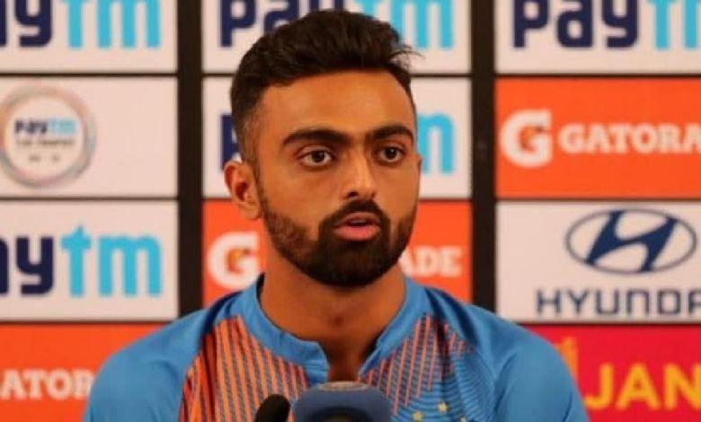 Photo of Jaydev Unadkat announces to leave social media