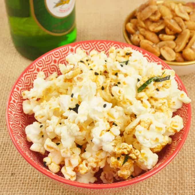 easy microwave curry popcorn