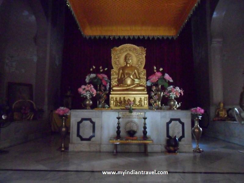 Sarnath, Buda, dharma y su primer sermón