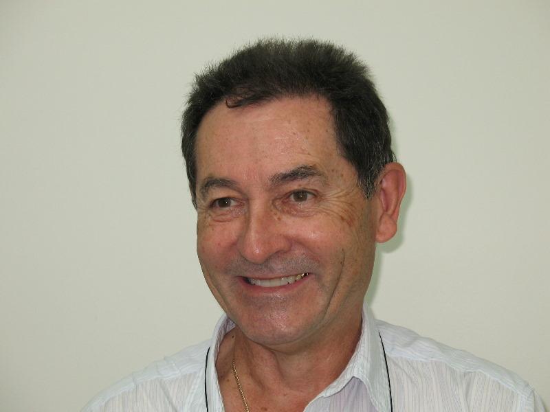 Invisalign Orthodontist Dr Brett Kerr
