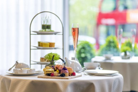 Scent of Summer Afternoon Tea (Photo Courtesy of Intercontinental Park Lane Hotel)
