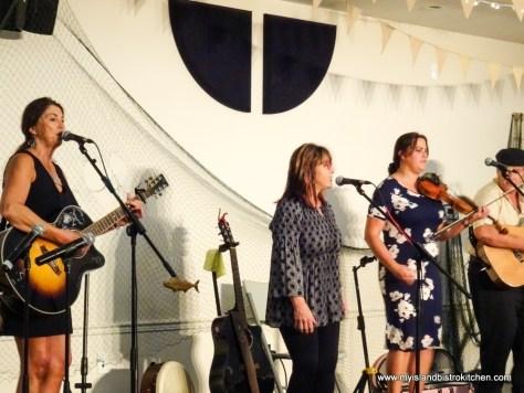 """Treble with Girls"" quartet entertaining at ""Taste of Georgetown"" Event 2017"