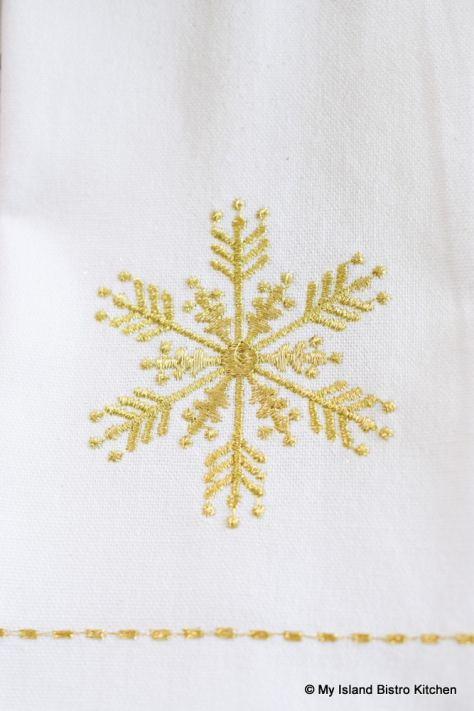 Snowflake Motif Napkins
