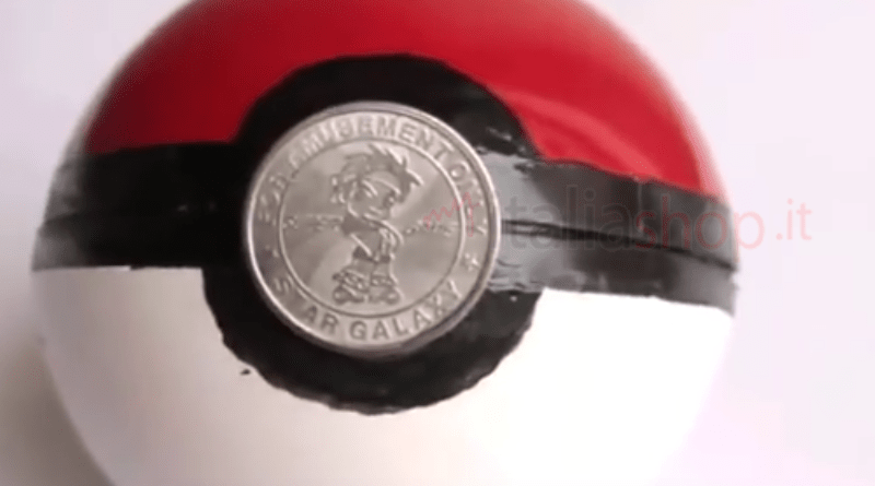 fare una pokeball, realizzare una pokeball, Pokemon GO, pokeball fai da te, fare una pokeball da soli, realizzare una pokeball da soli, sfera poké, fare una sfera poké, fare pokeball, realizzare pokeball, creare una pokeball, creare pokeball, realizzare una sfera poké, realizzare una sfera poké, creare sfera poké, creare una sfera poké, Come fare la Pokeball di Pokemon GO, Come fare Pokeball di Pokemon GO, Realizzare una Pokeball da solo come in Pokemon GO, fare pokeball con una pallina di natale, fare pokeball con una pallina, realizzare pokeball con una pallina di natale, realizzare pokeball con una pallina, creare pokeball con una pallina di natale, creare pokeball con una pallina,