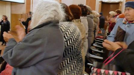 Благодарные зрители на юбилее хора «Криниченька» (Ветеран) в кинотеатре Спартак