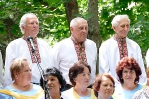 Это я, Мосюр Борис и рядом Миша Кузнецов и Петя Декань (на фото слева направо)
