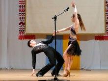 Прекрасное и сложное исполнение бальных танцев