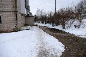 Теплотрасса без теплоизоляции к дому №43