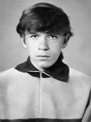 Андрей Верещака после окончания 9 класса СШ № 5, г. Изюм, 1989 год