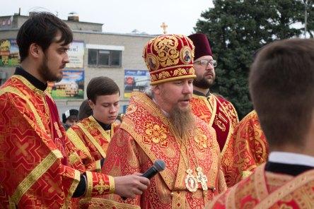Архиепископ Изюмский и Купянский Елисей совершил великую Пасхальную вечерню