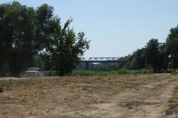 Автомобильный мост в Изюме (вид от площадки проведения фестиваля «Дорога на Схід»)