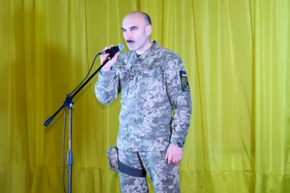 Офицер командования воинской части Александр Куришко