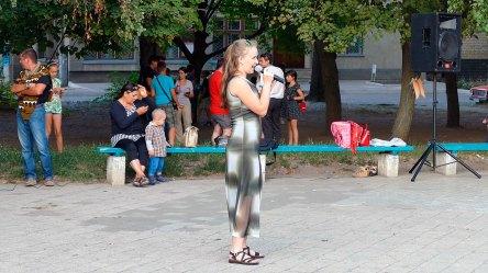 На праздничном концерте в Изюме посвященного Дню Независимости Украины