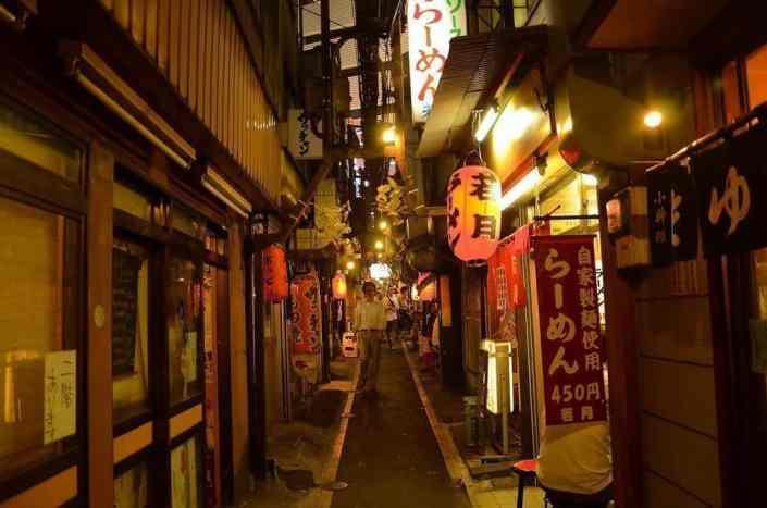 Nighttime in Omoide Yokocho, Shinjuku