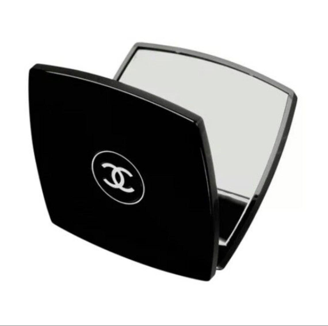 Miroir de poche Chanel