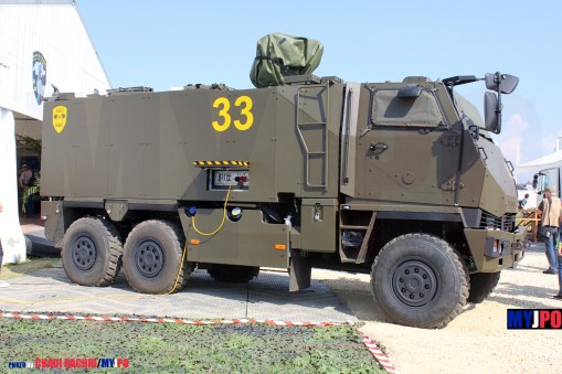 The Swiss Army Mowag DURO IIIP GMTF at AIR14, Payerne, September 2014.