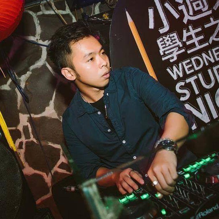 DJ Kev performing at the Kaohsiung Full Moon Party.