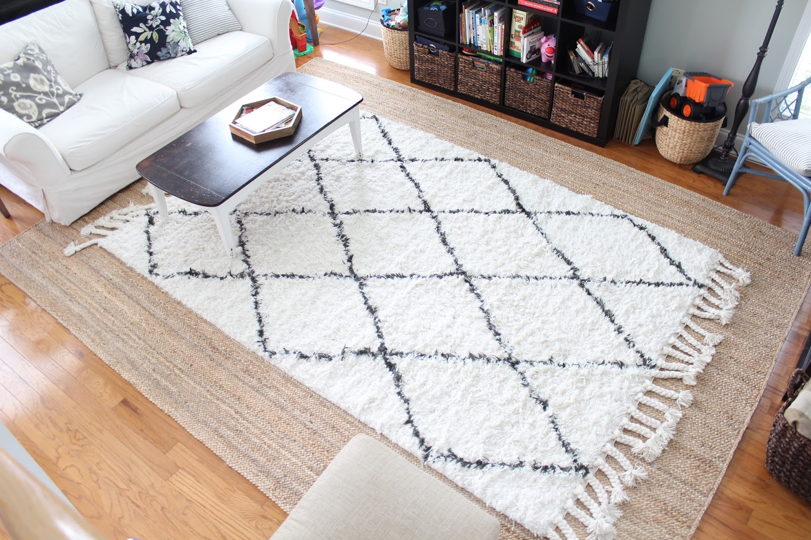 Great Tips For Layering Rugs Like A Pro