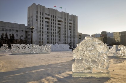 Plaza Lenin y sus esculturas de hielo - Lenin Square and ice sculptures