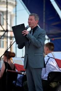 Presentador del Concierto - Concert Host