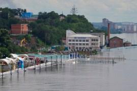 El embarcadero al que se podía acceder la semana pasada ya está inundado - The pier which was accessible last week is not unaccessible