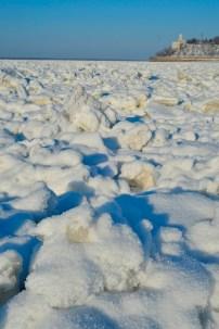 Al poco de entrar al río, los bloques de hielo son irregulares - Just after entering the river, ice blocks are irregular