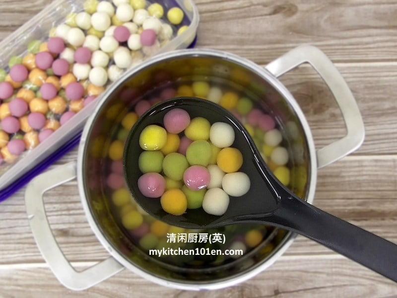 natural-5-colour-glutinous-rice-balls-mykitchen101en-feature