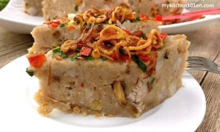 Steamed Taro Kuih (Chinese Or Kuih/Wu Tao Gou)