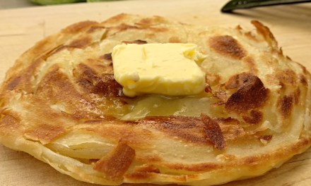 How to Make Crispy and Flaky Layered Paratha (Roti Canai, Flatbread)