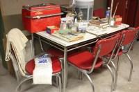 Red kitchen table Photo - 1 | Kitchen ideas