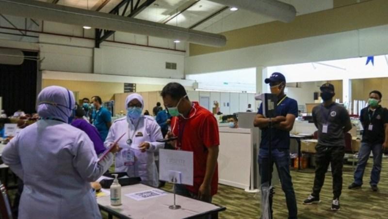 Individu gagal hadir suntikan vaksin patut dikompaun
