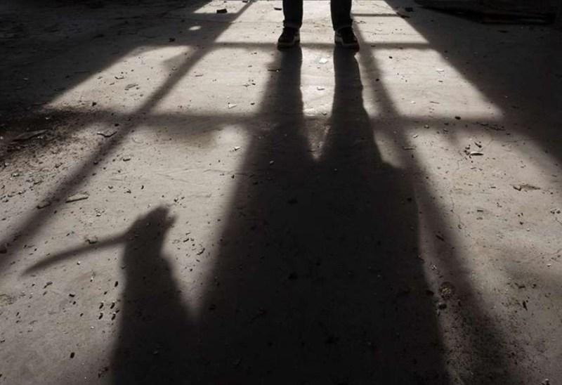 Pekerja tikam penyelia dengan pemutar skru selepas ditegur