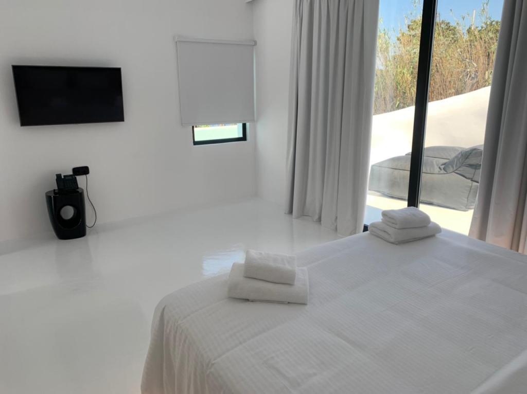 tagoo black mykonos - private pool mykonos - concierge mykonos vip 29