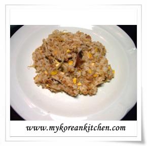Bean Sprout Rice (Kongnamul Bap)