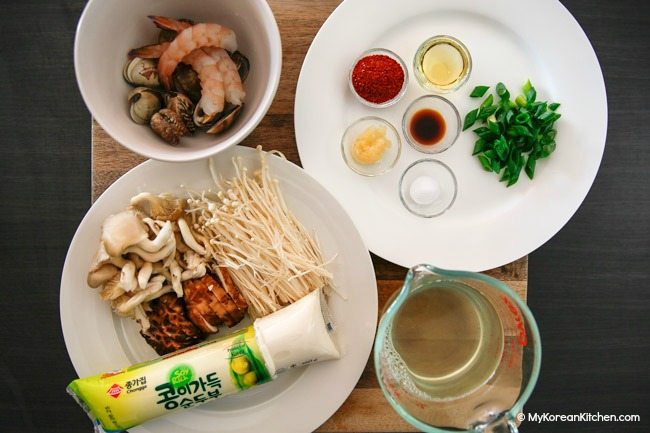 Sundubu Jjigae (Korean spicy soft tofu stew) Ingredients
