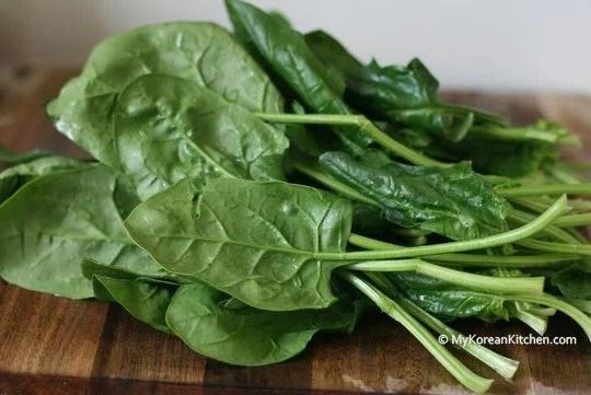 Simply Seasoned Korean Spinach Salad (Sigeumchi Namul) | MyKoreanKitchen.com