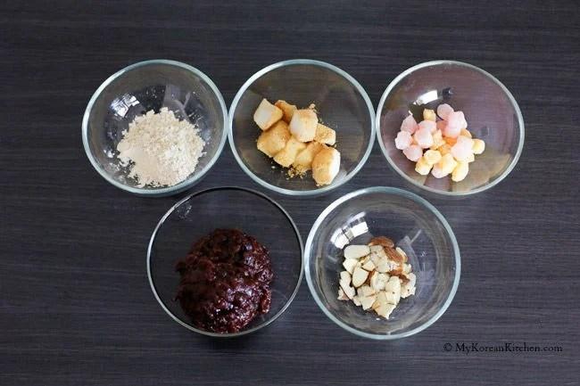 Korean Milk Ice Sorbet: Injeolmi Bingsu - A perfect Korean summer dessert. Loaded with delicious dessert toppings! | MyKoreanKitchen.com