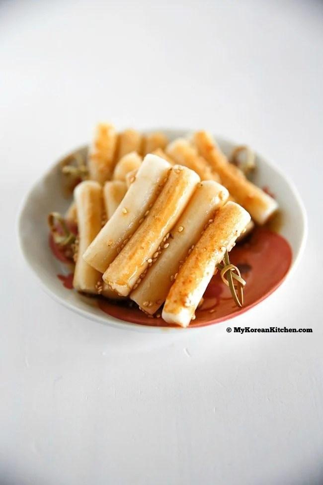 Toddler friendly Korean rice cake skewers (Tteeok Kkochi) | MyKoreanKitchen.com