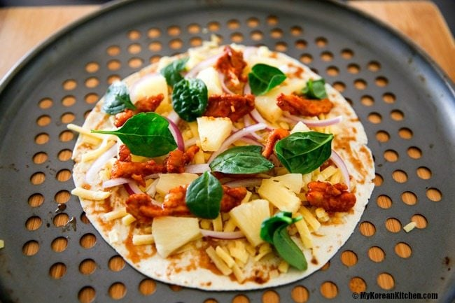 Korean Spicy Chicken BBQ Tortilla Pizza - assembling the pizza toppings